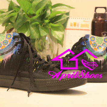 Dream Catcher Converse, Colorful Dreamcatcher on All Black Converse Shoes, Unique Dream Cather Design on Shoes