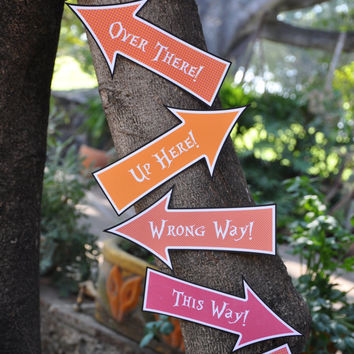 Alice in Wonderland & Mad Hatter inspired Tea Party pdf printable Arrow Signs / Photo Props