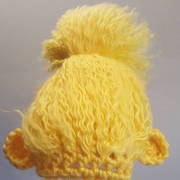 Crochet yellow troll hat. Animal Hat. Made by Bead gs on etsy. 6 to one year size.