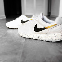 Custom Nike Roshe Run sneakers for women, All white, Black and Gold, Silver, specles, gold flakes, love, fashionable design