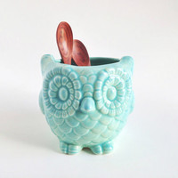 Mint Ceramic Owl Kitchen Bathroom Holder - Owl Plant Pot - Mint Ceramics and Pottery
