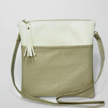 White Beige Cross Body Purse White Vegan Leather Cross Body Bag Shoulder Strap Purse Hip Bag