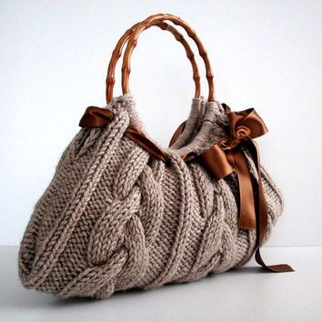 Knit Handbag NzLbags tote Handmade, Shoulder Bag, Everyday Bag, Beige brown bow, fall autumn fashion, christmas gift idea