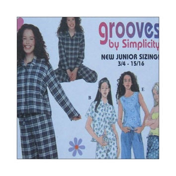 Uncut Sewing Pattern Simplicity 8911 Junior Girls Pajamas Grooves Size 11/12 13/14 15/16