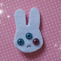 Illuminati three eyed bunny felt hair clip. Creepy cute doll eyeball hair pin. Pastel goth, decora, fairy kei, visual kei, lolita, anime