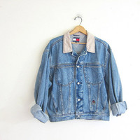 Vintage light wash Tommy Hilfiger jean jacket. Denim jean jacket / size medium