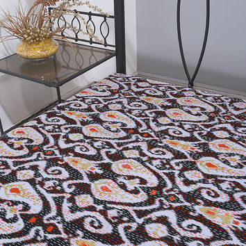 On Sale Queen Paisley Ikat Kantha Quilt In Black, Kantha Quilt, Ikat Quilt, Ikat Blanket Throw, Kantha Blanket Throw, Ikat Kantha Bed Cover