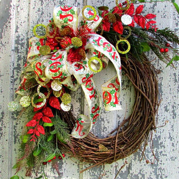 holiday wreath, Christmas wreath, Christmas decor, grapevine wreath, front door wreath, country home wreath, red green wreath, door decor