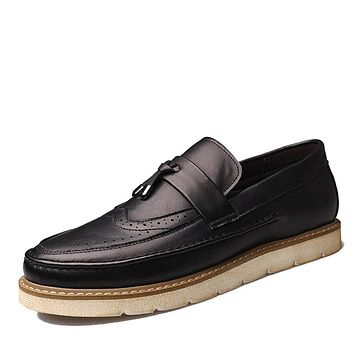 New men Brogues casual Shoes Men Leather Men Oxfords Tassel British Vintage Brogues loafers Shoe Flat Heel boat shoes