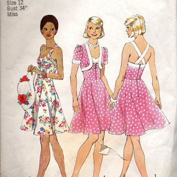 Retro Fashion 1970s Sundress Vintage Style Simplicity Sewing Pattern Halter Top Dress Full Flared Skirt Fitted Bodice Cropped Bolero Jacket