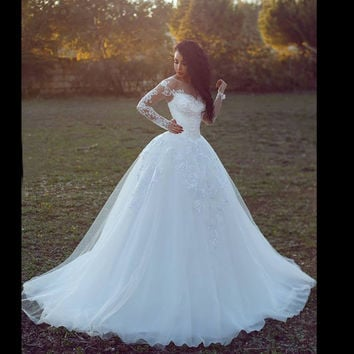 Elegant White Afghan Ball Gown Long Sleeve Lace Wedding Dresses 2017 Long Church Plus Size Bridal Gowns robe de mariee RW75