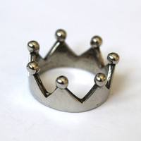 Silver Coronet Crown Thumb Ring Necklace by mrd74 on Etsy