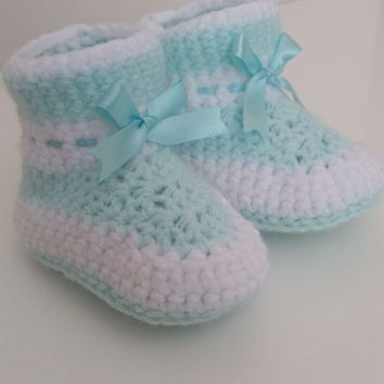 Baby Booties with Ribbon or without Ribbon, Gender Neutral, Unisex Crochet Baby Booties, Custom Baby Booties and Crib Shoes