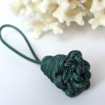 Green Zipper Pull Nautical Marlinspike Knot with Loop Purse or Jacket Accessory or Knob Decoration Adaptive Assist Accessory