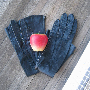 Vintage long black leather gloves; exposed stitching - XS black driving gloves - '50s femme fatale black leather gloves