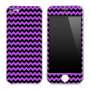 Purple and Black Chevron Pattern Skin for the iPhone 3, 4/4s or 5