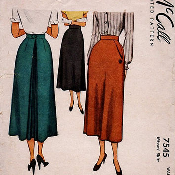 McCall 7545 Sewing Pattern Vintage 40s Women's Misses Calf Length Skirt Inverted Kick Pleat Back Fitted Waist 23 Hip Pockets Side Closure