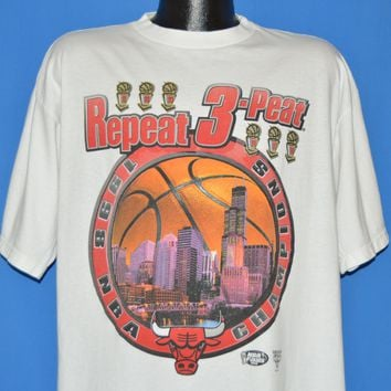 90s Chicago Bulls Three Pete 1996 Championship t-shirt Large