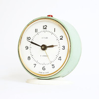 Turquoise alarm clock from Russia, vintage mechanical alarm clock Vitjaz, turquoise color, green mint