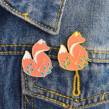 Animal Fox Brooch and Pin Cute Gold Silver Fox pin Buckle Denim jacket Shirt Collar Lapel Pins Badge Jewelry Gift for Kids Girl