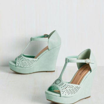 Faithfully Flirtatious Wedge | Mod Retro Vintage Heels | ModCloth.com
