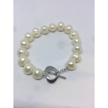 Vintage 925 Sterling Silver heart toggle Pearl Bracelet
