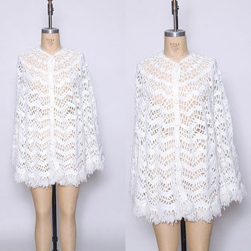 Vintage 70s KNIT Poncho White FRINGE Shawl Hippie Sweater CHEVRON Knit Poncho