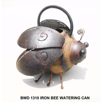 D Art Collection Iron Bee Watering Can