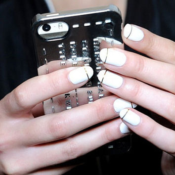White with gold or silver line nails