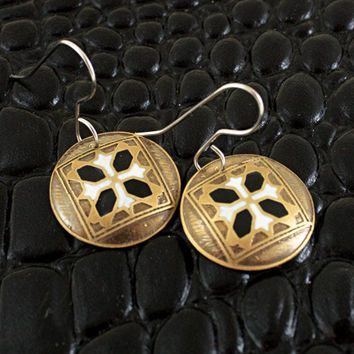 White and black tile earrings in copper.