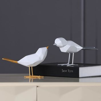 Set of 2 Modern Resin Birds with Golden Silver Tail Minimalist Style White Birds Ornament Home Decor European Figurine