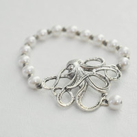 White Octopus Faux Pearl Stretch Bracelet