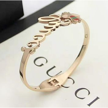 GUCCI New fashion letter bee couple bracelet accessories Rose Gold