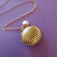 Mermaid, Shell, Locket, 14K Goldfilled Chain, Necklace