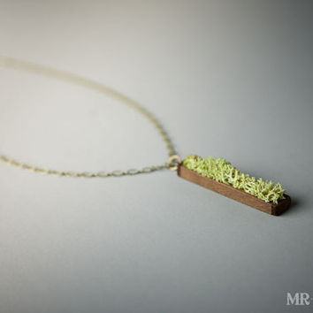Women's Natural Pendant, Moss Necklace, Eco Friendly Pendant 003