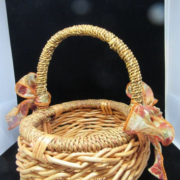 Vintage Basket-Natural Basket-Fall Basket-Flower Girl Basket-Wedding Basket-Table Decor-Gift- Storage-Country Decor-Home Decor-Cottage Chic