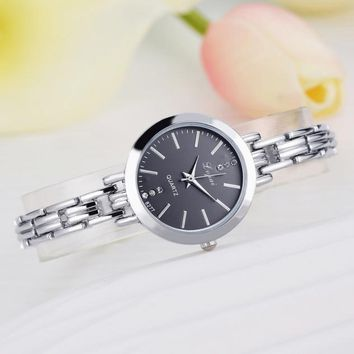 Simple Hot Temperament Silver Classic Ladies Quartz Watch Stainless Steel Watch