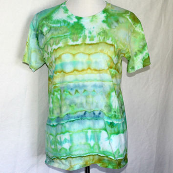 Tie Dye Shirt in Green, Green Tie Dye Mens T-Shirt in Medium, Unisex M