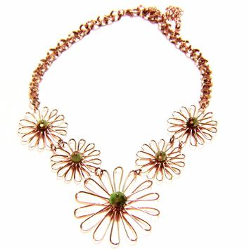 Delicate Daisy Flower Wire Choker Necklace