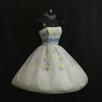 Vintage 1950's 50s Strapless Cupcake White Blue Pastel Embroidered CHIFFON Organza Party Prom Wedding Dress
