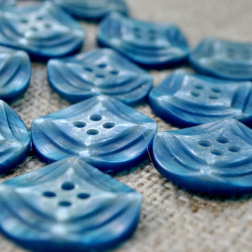 Set of 19 curly blue vintage plastic buttons with four holes. Ideal for coats, jackets and sweaters. Made in USSR in 1970.