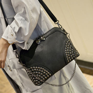 2016 Chain Rivet shell bag summer beach Famous brand exquisite fashion PU leather women messenger bags rivet ladies shoulder bag