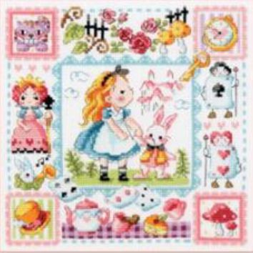 Gold Collection Lovely Counted Cross Stitch Kit Alice in Wonderland Fairy Tale Fairytale Fairyland SO