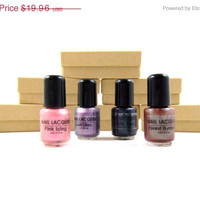 60% OFF Mani/Pedi Nail Polish Gift Set - Stocking Stuffer