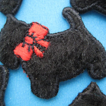 Lovely~ 6 pcs Iron-on Applique PUPPY 1.25 inch