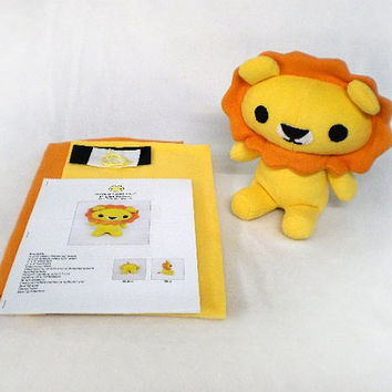 Plush Lion Toy Sewing Kit DIY