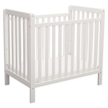 Delta Children Greyson 3-in-1 Convertible Crib