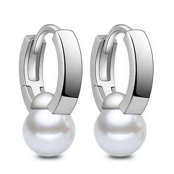 Wholesale Fashion new fashion freshwater pearl earring high quality silver jewelry cute personality simple round pearl 8MM