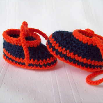 Detroit Tigers Inspired Crochet Baby Booties // Newborn Baby Booties
