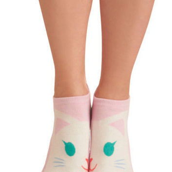 Kindred Soles Socks in Kitty | Mod Retro Vintage Socks | ModCloth.com